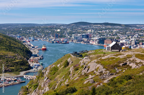 Fotografia Saint Johns downtown harbour Signal Hill NL Canada