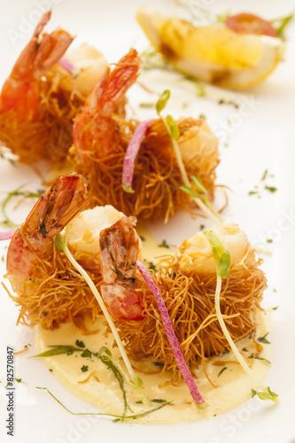 Fotografie, Obraz  fried shrimp wrapped in pastry threads