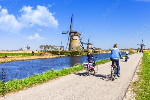 Valokuvatapetti activities in Holland countryside