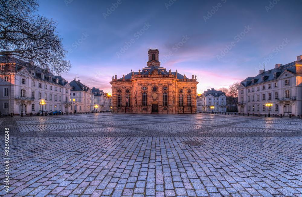 Fototapety, obrazy: Ludwigskirche bei Abenddämmerung