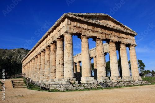 Valokuvatapetti segesta sicilia sito archeologico