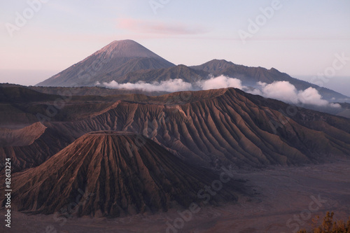 Foto op Plexiglas Indonesië Sunrise over the Tengger Caldera in East Java, Indonesia.