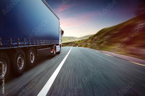 Fototapeta Truck and Skyline obraz