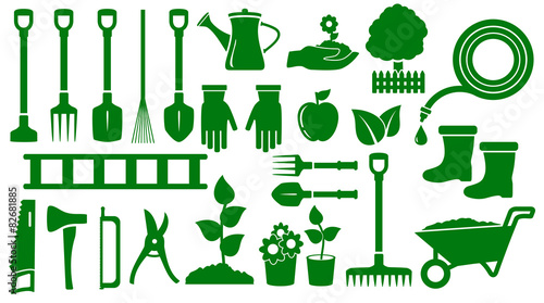 Photo sur Toile Vert set isolated green garden tools