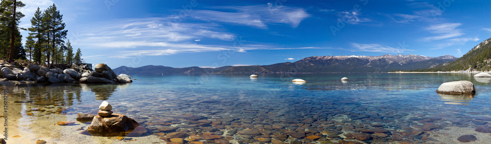 Fototapeta Lake Tahoe Panoramic Beach Landscape