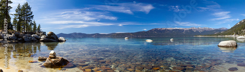 Fotobehang Landschap Lake Tahoe Panoramic Beach Landscape