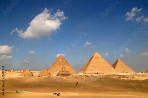 In de dag Egypte Die Pyramiden von Gizeh in Kairo