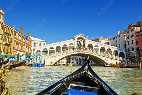 Spoed Fotobehang Gondolas Venice
