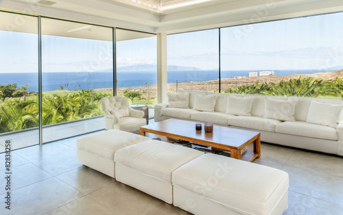Fotomural Modern living room with sea view
