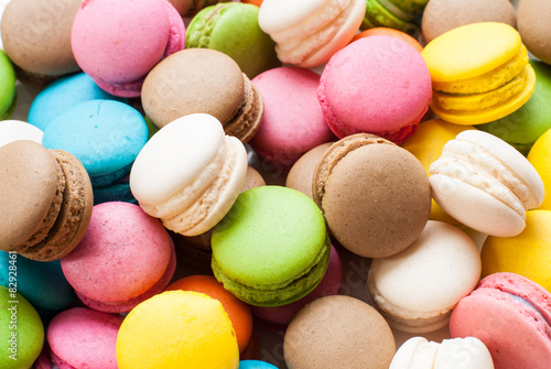 Poster Macarons traditional french colorful macarons in a box, background