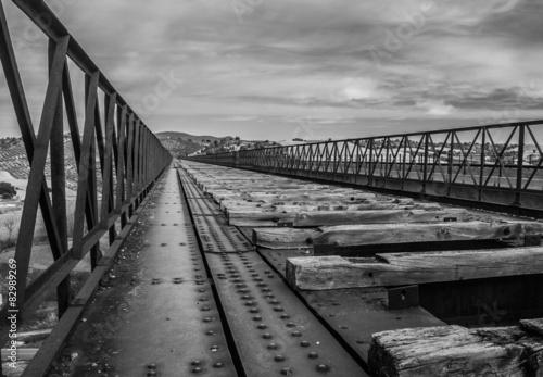 Láminas  Puente del Hacho (IV)