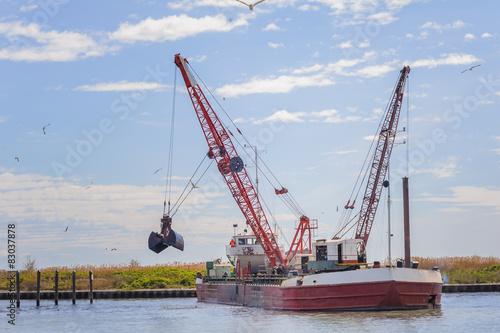 Fotografia, Obraz  Dredger ship navy