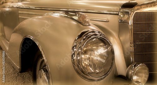 Oldtimer in Gold #83039886