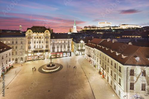 Fotografiet  Bratislava Panorama - Main Square