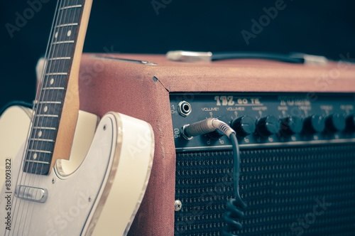 Foto Electric guitar with amplifier