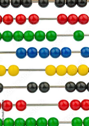 Abakus mit bunten Perlen - 83111824