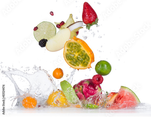 Poster Fruit Fruit with water splash