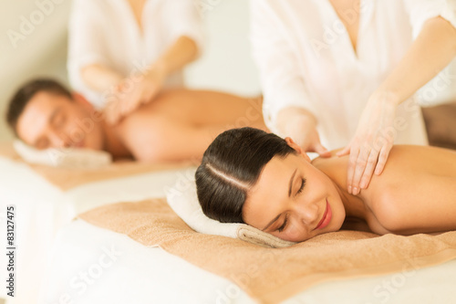 couple-in-spa