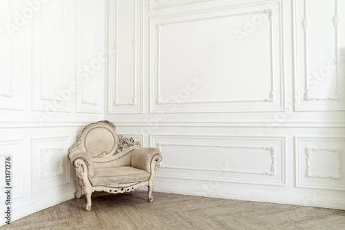 Fotografie, Obraz  Šlechtický židle v klasickém interiéru