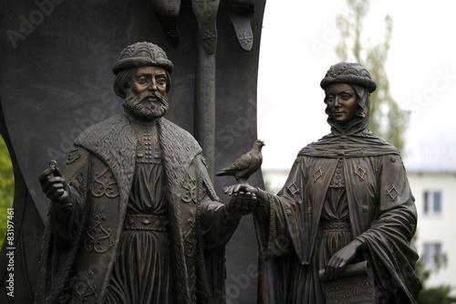 Foto op Plexiglas Monument Памятник святым Петру и Февронии