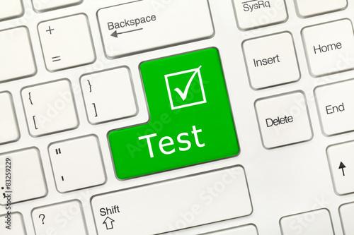 Fotografía  White conceptual keyboard - Test (green key)