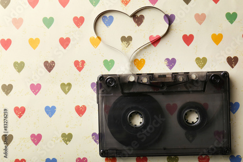 Fototapeta kaseta z wyciągniętą taśmą
