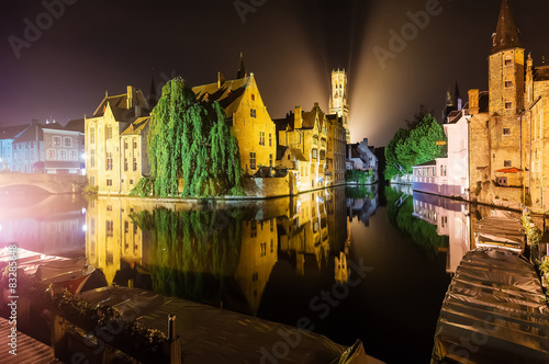 Stickers pour porte Bruges Brugge by Night Reflected in the Water