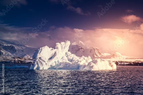 Foto auf Gartenposter Antarktika Antarctic glacier
