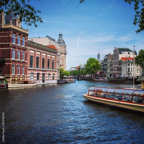 Amsterdam canal scen Canvas Print