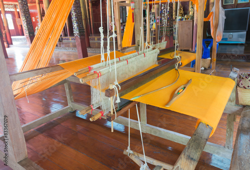 Fotografie, Obraz  old wood weaving machine