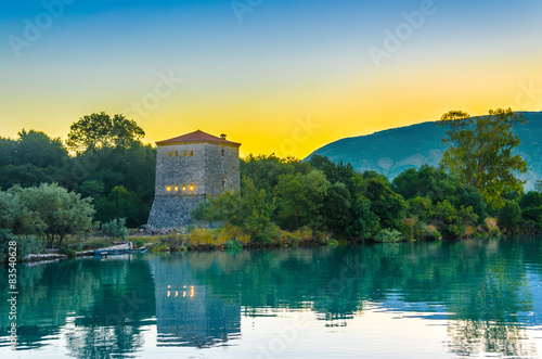 Photo The Venetian Tower of Butrint, at sunrise in  Albania.