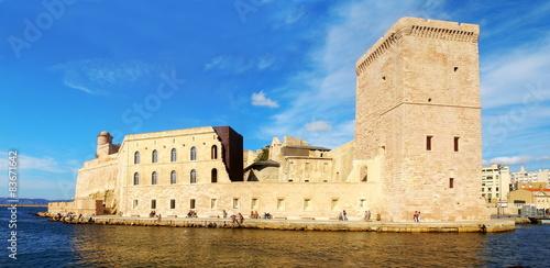 In de dag Vestingwerk Fort Saint-Jean à Marseille
