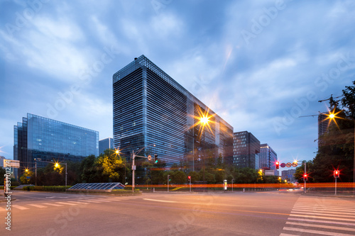 Fototapety, obrazy: traffic blurred motion and office buildings