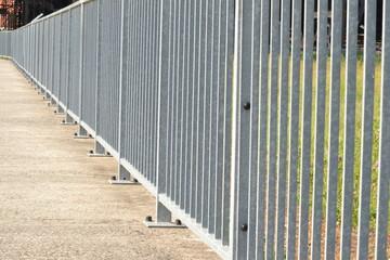 Barrières métalliques fixes