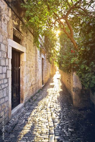 stare-kamienne-ulice-trogiru