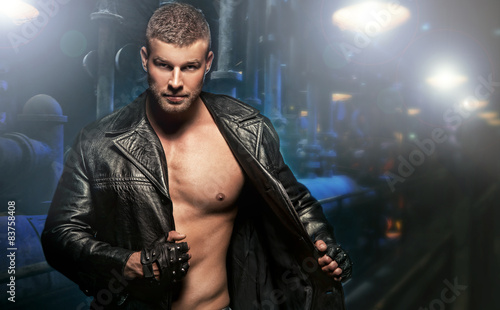 Cuadros en Lienzo Sexy Man on Dark Background
