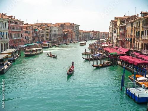 Włochy, Wenecja - widok z mostu Rialto na kanał grande