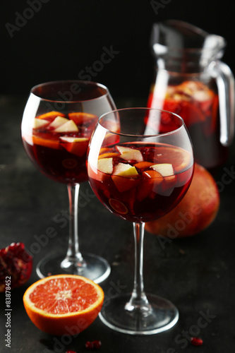 Valokuva Glass of sangria on black background