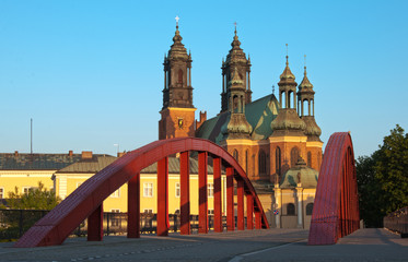 Katedra w Poznaniu i most Św. Jordana