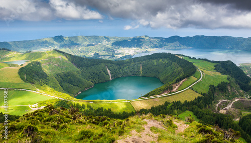 Carta da parati Beautiful lake of Sete Cidades, Azores, Portugal Europe