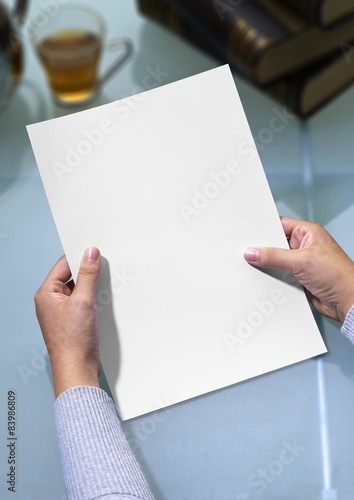 Fototapety, obrazy: hands holding letter with clipping path