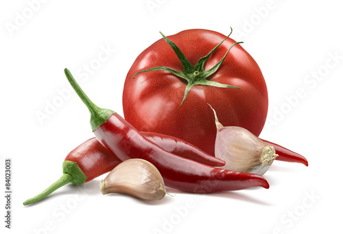 Staande foto Hot chili peppers Tomato, garlic cloves, chili pepper isolated on white background