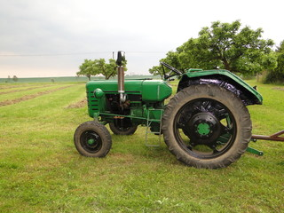 An old green tractor