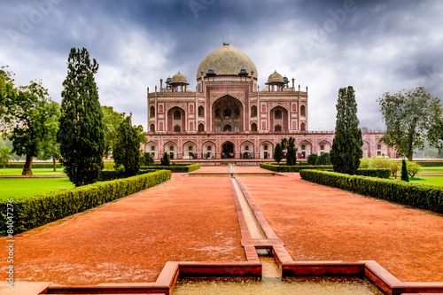 Fotografie, Obraz  Humayun's Tomb in Delhi, India