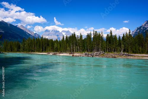 Photo Stands Fraser River mit Mount Robson, British Columbia, Kanada