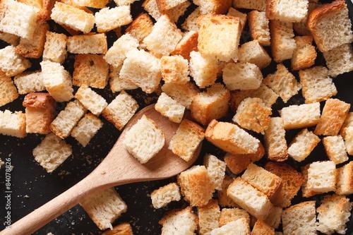 Fotografía  Homemade crunches in a pan close-up. Horizontal top view
