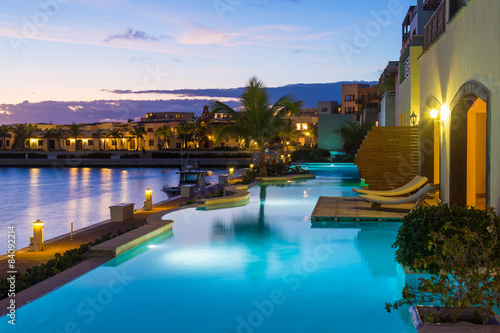 Fotografia  Luxury, exotic apartment with swimming pool
