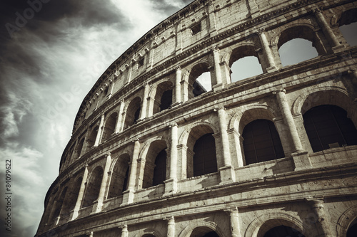 koloseum-w-rzymie-wlochy
