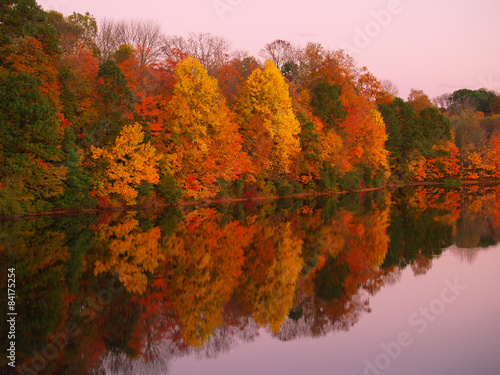 Foto op Canvas Herfst Mirrored Autumn Twilight at Lake Nockamixon - Pennsylvania