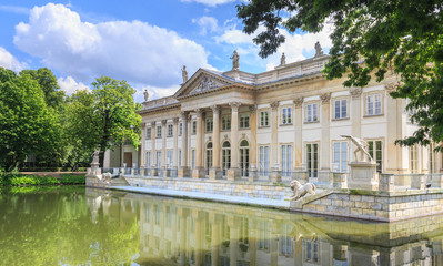 Fototapeta Royal Lazienki Park in Warsaw - Palace on the Water